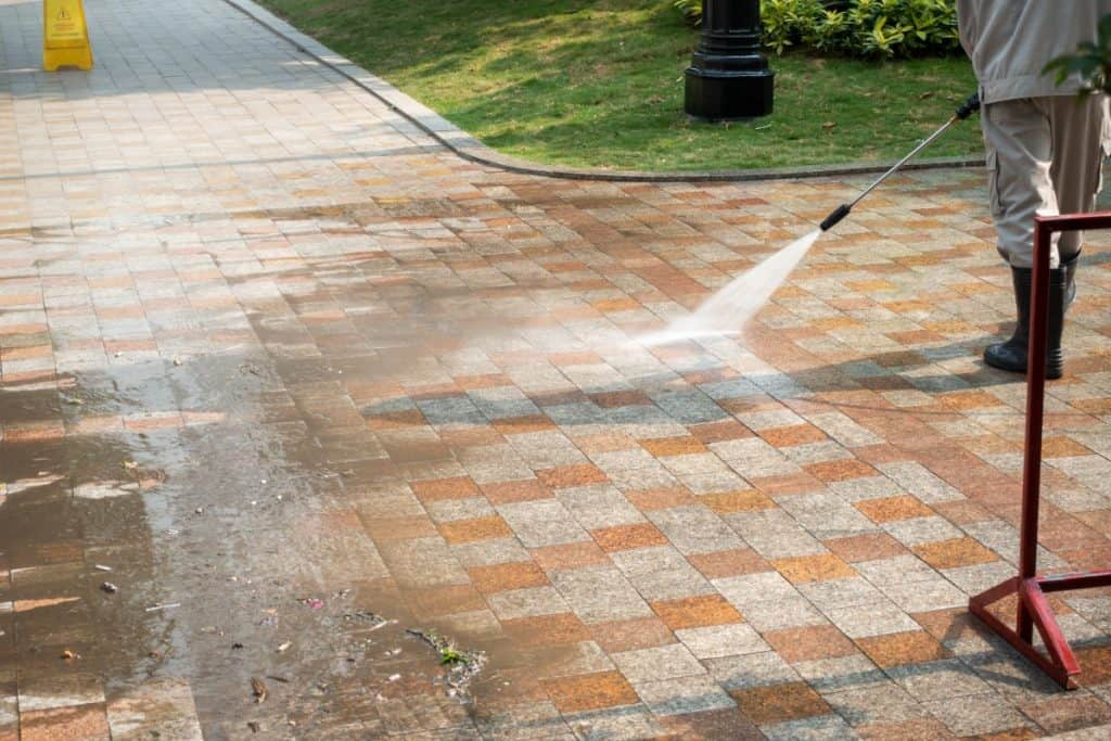 Cleaning pavers with pressure washer