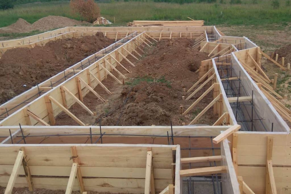Concrete forms for large project